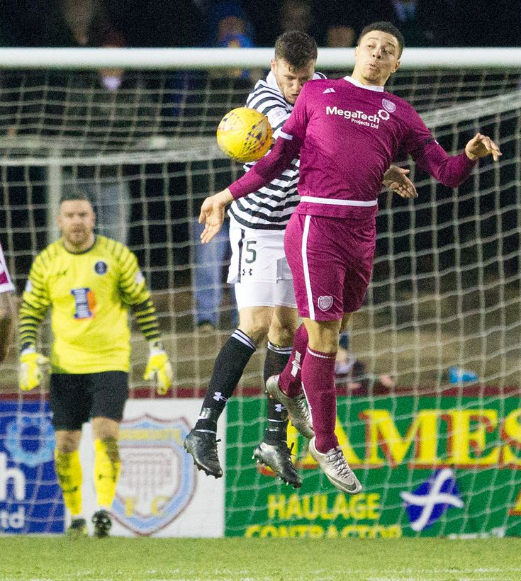 Queen's Park's Adam Cummins in action during the SPFL League One game between Arbroath and Queen's Park.