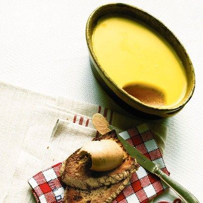 Try our delicious chicken liver pate recipe and find out how easy it is to make your own pate
