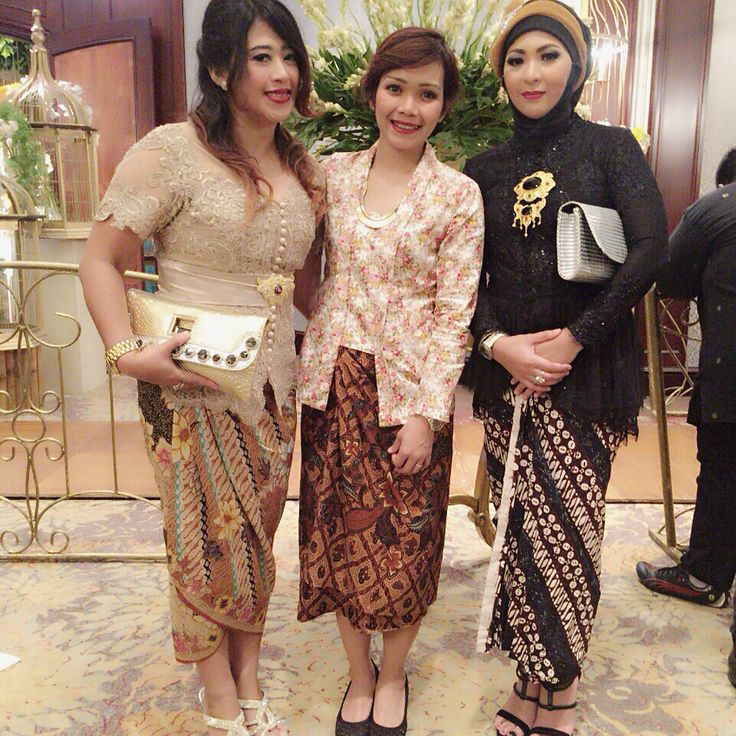 BFF, At Nindy & Hafiz' Wedding Party.