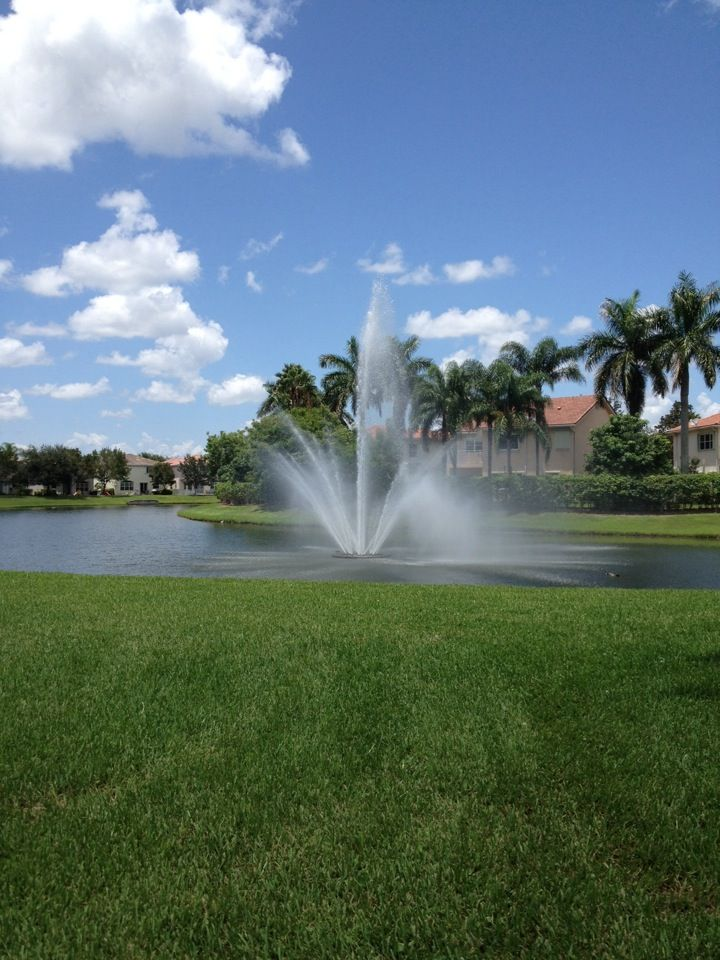 Pembroke Pines, FL in Florida (seeing fountains all the time)