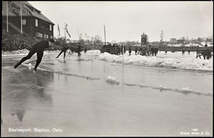 Oslo sköitelöp på Frogner stadion 1930  Utg Mittet