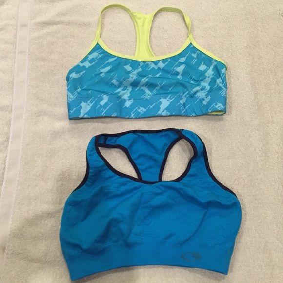 Set of 2 Champion Sport bras. 2 medium Champion sports bras. Top one is reversible. Champion Intimates & Sleepwear Bras
