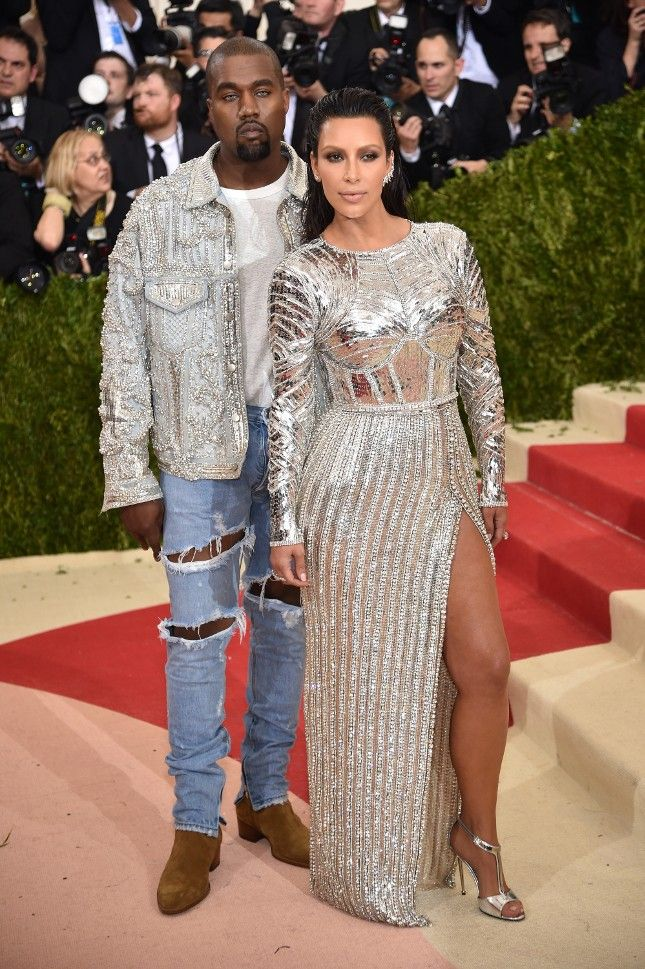 Kim Kardashian Kanye West Met Gala Fashion Style Hair Inspiration Famous Beautiful Celebrity Women Met Gala Dresses Met Gala Outfits Gala Outfit