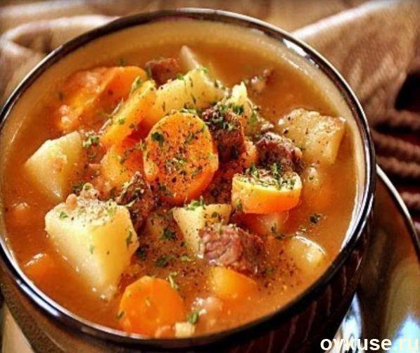 Картошка с говядиной в горшочках
