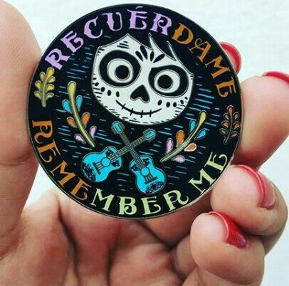 Pin Recuerdame/rememberme. Coco Pixar