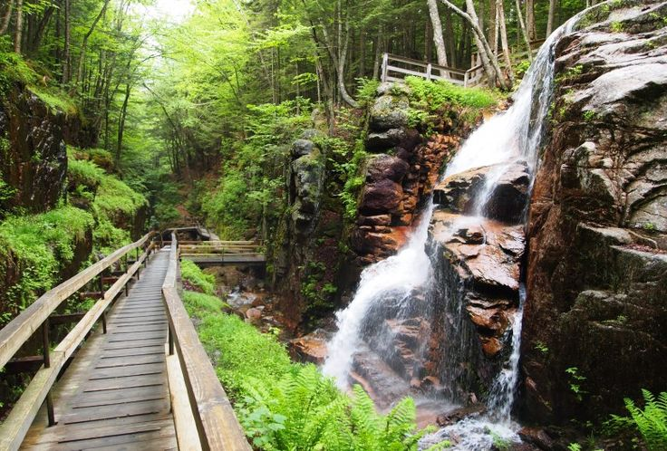 10 Worthwhile Hiking Trails with Waterfalls