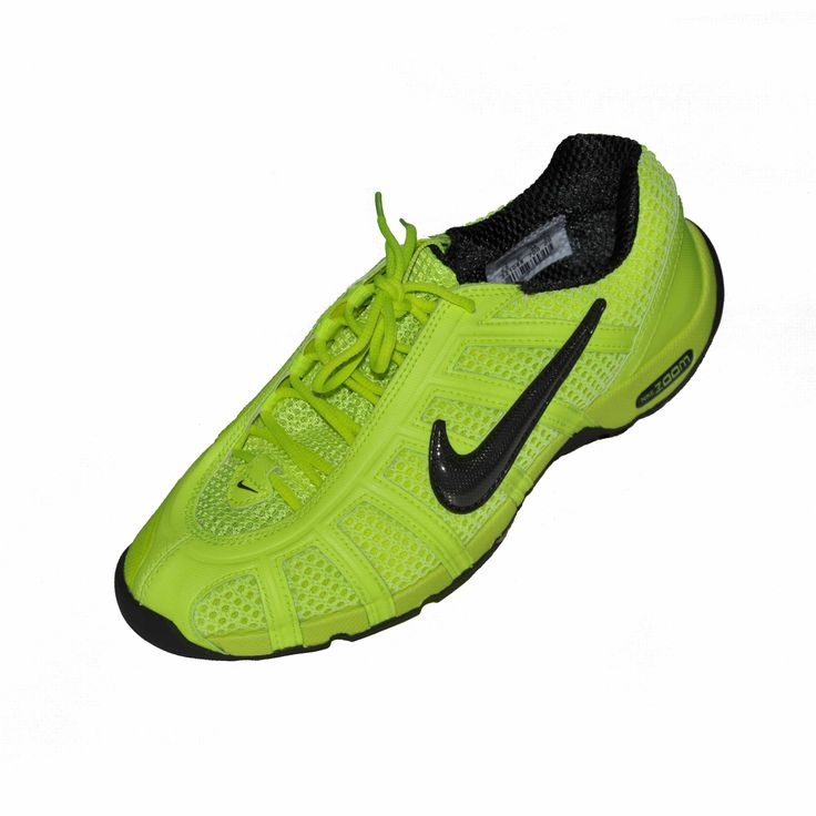 • Breathable. • Highly flexible forefoot. • Rounded heel. • 20% lighter than other fencing shoes. • Incredibly thin. • Excellent feel for performance. • Weight : 275 grams