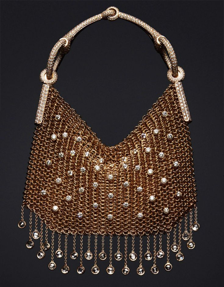 Nausicaa jewelry Hermes bag in rose gold, with 1,811 diamonds at 28.87ct. #PurelyInspiration