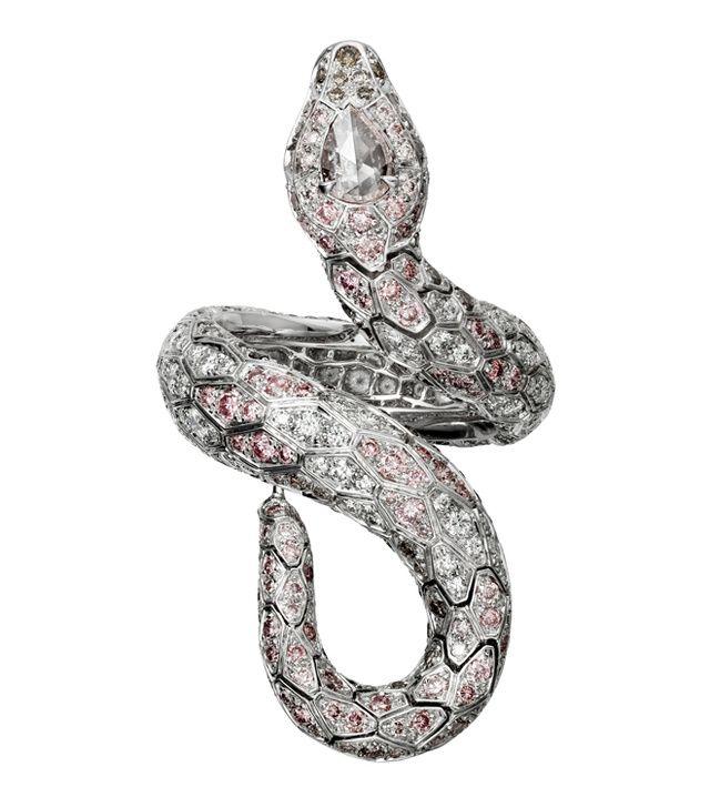 Serpent précieux, aigles aux griffes d'or, panthères en diamants… Rendez-vous était donné, le 8 mars dernier, dans les salons feutrés de l'Hôtel Montana pour se familiariser avec les nouveaux venus du bestiaire Cartier. Voici nos 5 coups de cœur.