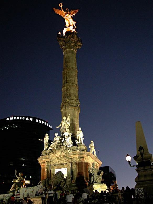 Night view Angel de la Independencia.  Paseo de la Reforma. Mexico City, MEXICO.