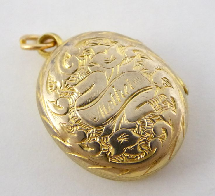 Vintage Gold Plated Photo Locket Pendant 'Mother' Inscription - The Collectors…