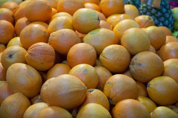 Pile of oranges