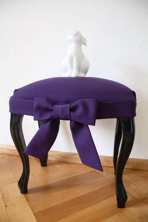 Purple bow makeover for stool