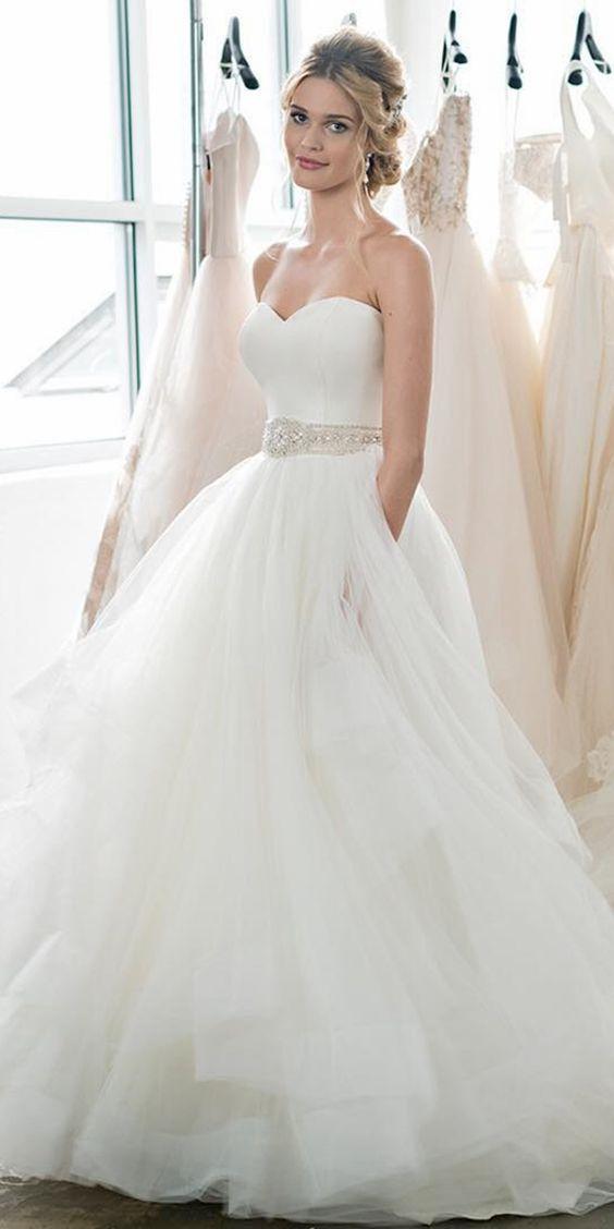 Schatz Brautkleid mit Perlenstickerei, A Line Brautkleid mit Tüll, Maßanfertigung ...  #anfertigung #brautkleid #perlenstickerei #schatz