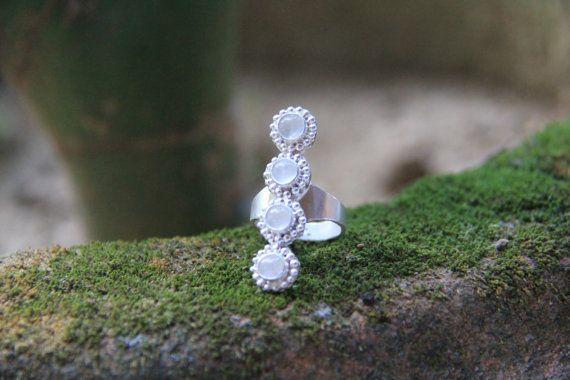 Anillo de Arya - piedra de luna, arco iris, declaración anillo, plata esterlina 925, anillo de piedras preciosas, piedra anillo, hecho a mano