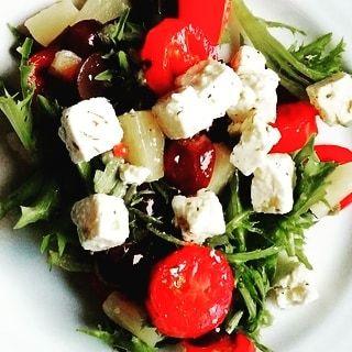 Griechischer Salat.. Kann man je genug Salat essen?  instagood instabeauty insta… – healthfood