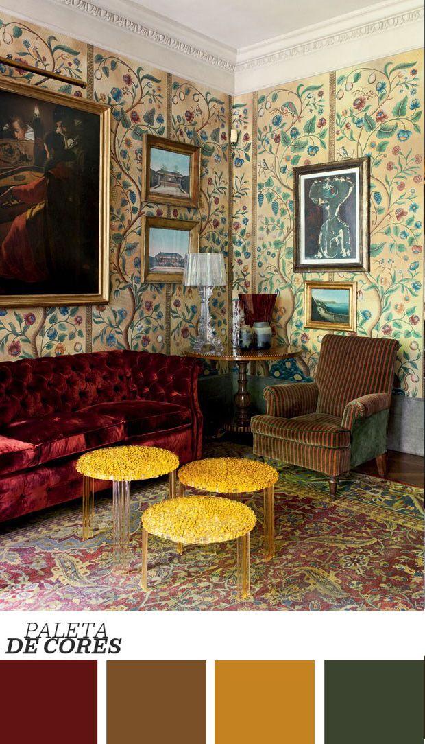 O estilo liberty, nome pelo qual o art nouveau ficou conhecido na Itália, se destaca na sala de estar do presidente da Kartell, feita pelo famoso arquiteto Renzo Mongiardino. Uma profusão de estampas surge no tapete e no papel de parede, ambos com interpretações florais. O mobiliário traz texturas aconchegantes, a exemplo do sofá de veludo vermelho e da poltrona, listrada em verde e laranja. O toque atual e descolado fica por conta do trio de mesas de centro, da Kartell, feitas de plástico…