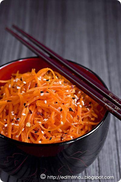 salata coreeana de morcovi    need to run this through google translate.
