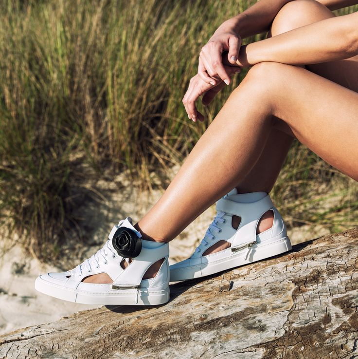 Wild Woman SS15 collection VICKIE WHITE WITH STRAP BLACK CAMELIA #DSIDE #SNEAKERS #WILD #WOMANCOLLECTION #SS15