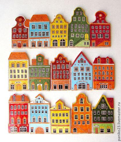 Купить или заказать Керамический фартук на кухню 'Европа' в интернет-магазине на Ярмарке Мастеров. Данные домики делались на заказ,для кухонного фартука.Полностью сделаны в ручную.Роспись и дизайн авторский.Будут идти лентой по стене.