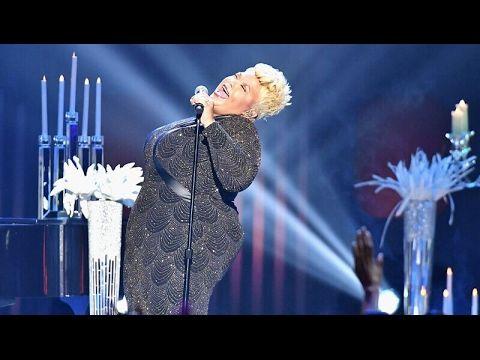 "Stellar Awards 2017 Tamela Mann Performance ""GOD PROVIDES"""