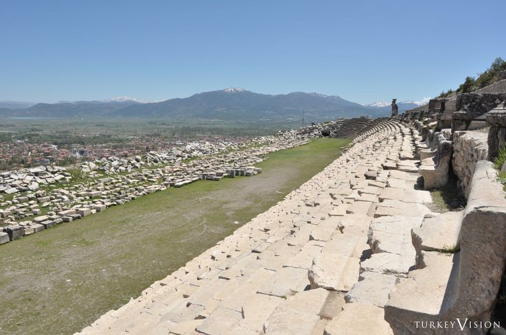 #Stadium of Kibyra Capacity 15,000, Length 200 m (656 ft) The stadium of Kibyra has a length of almost 200 m and is one of the best preserved and largest stadiums in Anatolia. It is in U-shape with a single sphendone on the South. #archeology