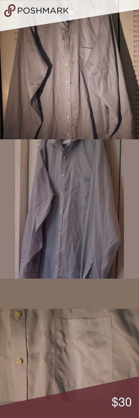 MICHAEL KORS NON IRON DRESS SHIRT BIG & TALL Imported.  Machine wash warm.  Non iron.  100% Cotton.  Has a pocket in the left chest.  Dress occasion.  Elegant.  High quality.  Satisfaction guaranteed.  Like new.  Very good condition.  Without any stains, rips or holes.  Barely used.  Great price.  Excellent purchase choice. You will not regret. Michael Kors Shirts Dress Shirts