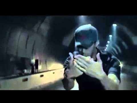 Enrique Iglesias ft Sean Paul Bailando Official Music Video VEVO - Bing video