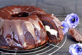 Rezepte mit Herz: Schoko - Gugelhupf mit Cheesecake Füllung ♡