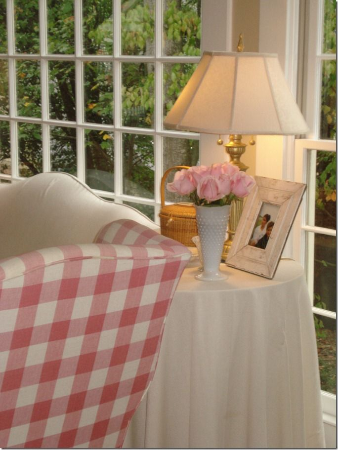 Pretty pink checked wing chair!: Country Cottages, Wings Chairs, Living Room, White Rooms, Pink Chairs, Home Decor, Pink Check, Buffalo Check, Girls Rooms