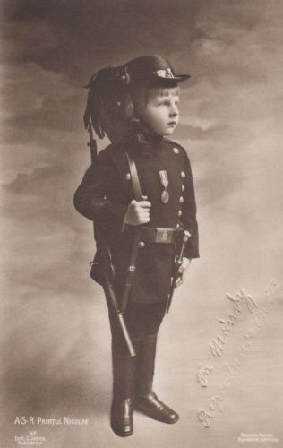 Sweet Prince Nicholas of Romania in uniform w. carbine & bayonet - RARE pcd