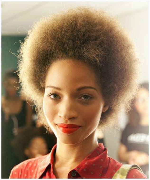 """Refinery 29: """"12 Beauty Blogs That Every Natural-Haired Girl Should Bookmark"""""""