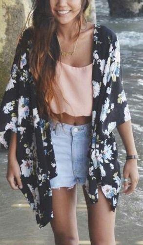 Kimono [Pinterest: @YelaGarcia]