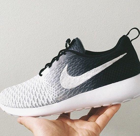 Nike Roshe Run Women Black And White Ombre extreme-hosting.co.uk 9fdb5d537