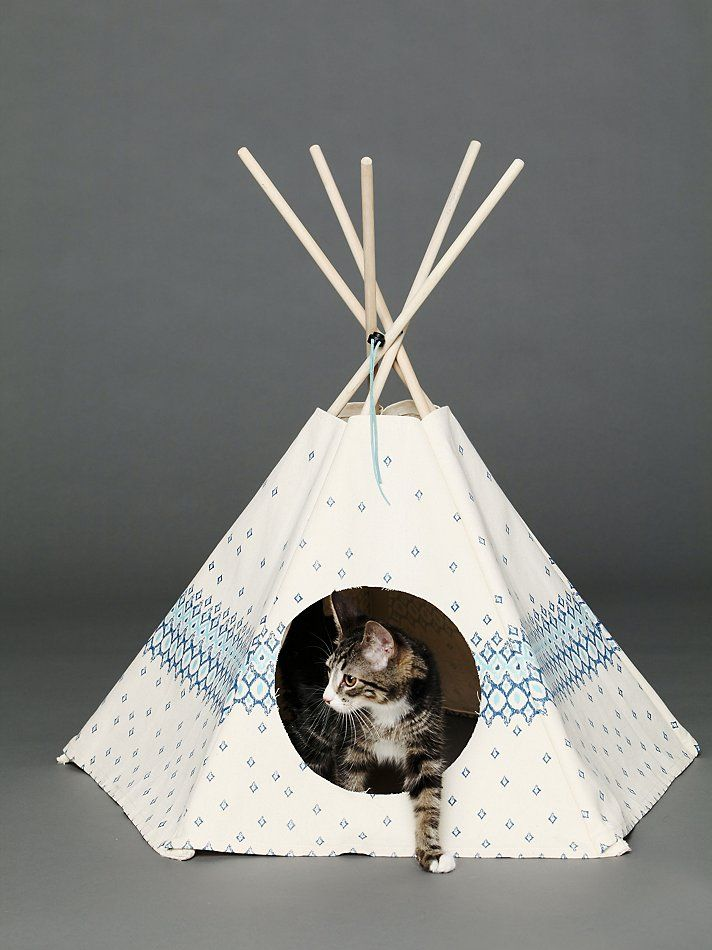 the 25 best cat teepee ideas on pinterest pet magic diy tipi and dog tent. Black Bedroom Furniture Sets. Home Design Ideas