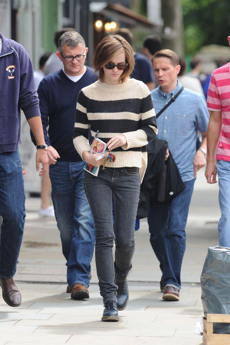 Beautiful Emma Watson Street Style : Love Is In The Air For Emma Watson!
