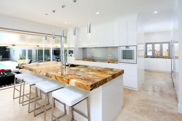 Our client chose a statement benchtop. Paired with the travertine pool and white cabinetry..it looks gorgeous.For more details contact Divine Bathrooms