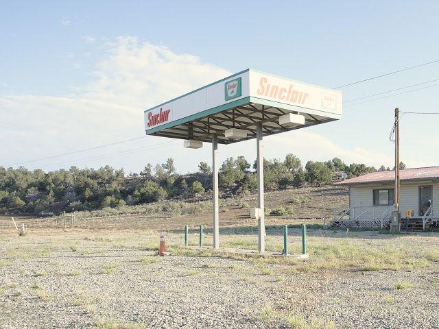 Iñaki Bergera Photography: gasstation20