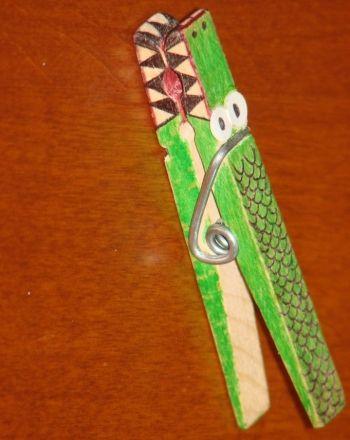 Allie Alligator - Advanced clothespin art for older children