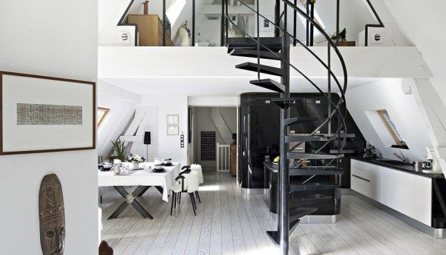Loft rénové sous les toits avec terrasse
