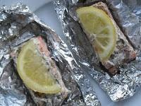 Zalmpakketjes voor op de BBQ - 2 Zalmmoten verse zalm dille 1 citroen olijfolie versgemalen peper