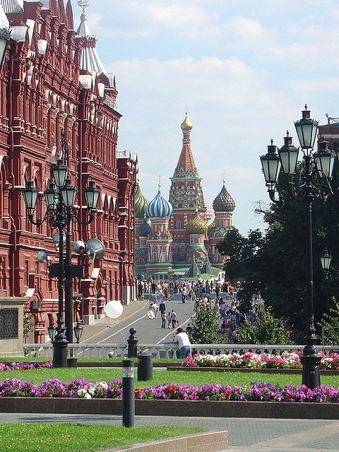 Red Square, Moscow, RussiaRed Squares Moscow, Buckets Lists, Moscow Russia, Cities, Moscowrussia, Beautiful Places, Places I D, Visit, Travel
