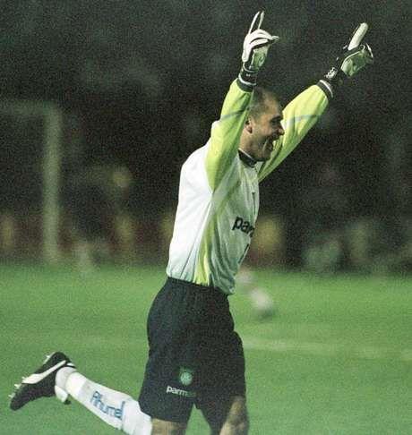 Marcos festeja conquista da Copa Mercosul