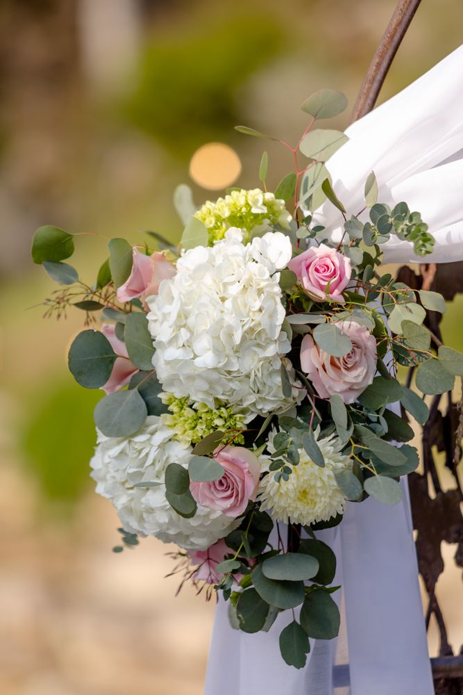 Check Out The Photos From Rachel Bill Photography By Brio Photography Austin Flowers By House Of Blooms Ceremony Flowers In 2019 Bloom Floral Wreath Flowers