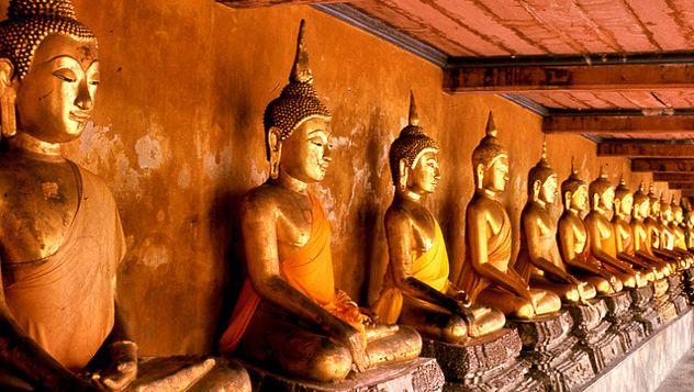 Bangkok, la capital de Tailandia es una ciudad en continua transformación, que siempre tiene algo nuevo que ofrecer al visitante en cada viaje. Te proponemos un itinerario para tratar de exprimir al máximo en apenas 48 horas. Leer más: http://lonelyplanet.es/blog-48-horas-en-bangkok-362.html | Foto © Telmo32