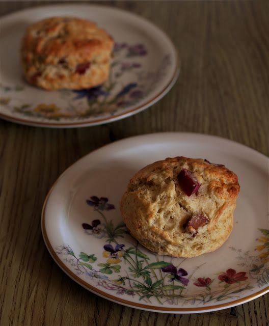 Rhubarb scones