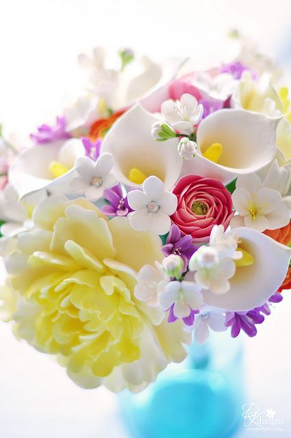 gumpaste flowers doria4 by dkdesigns, via Flickr