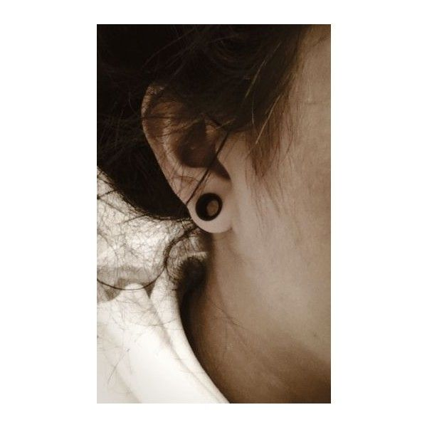 Small Gauges ❤ liked on Polyvore featuring ear stretching