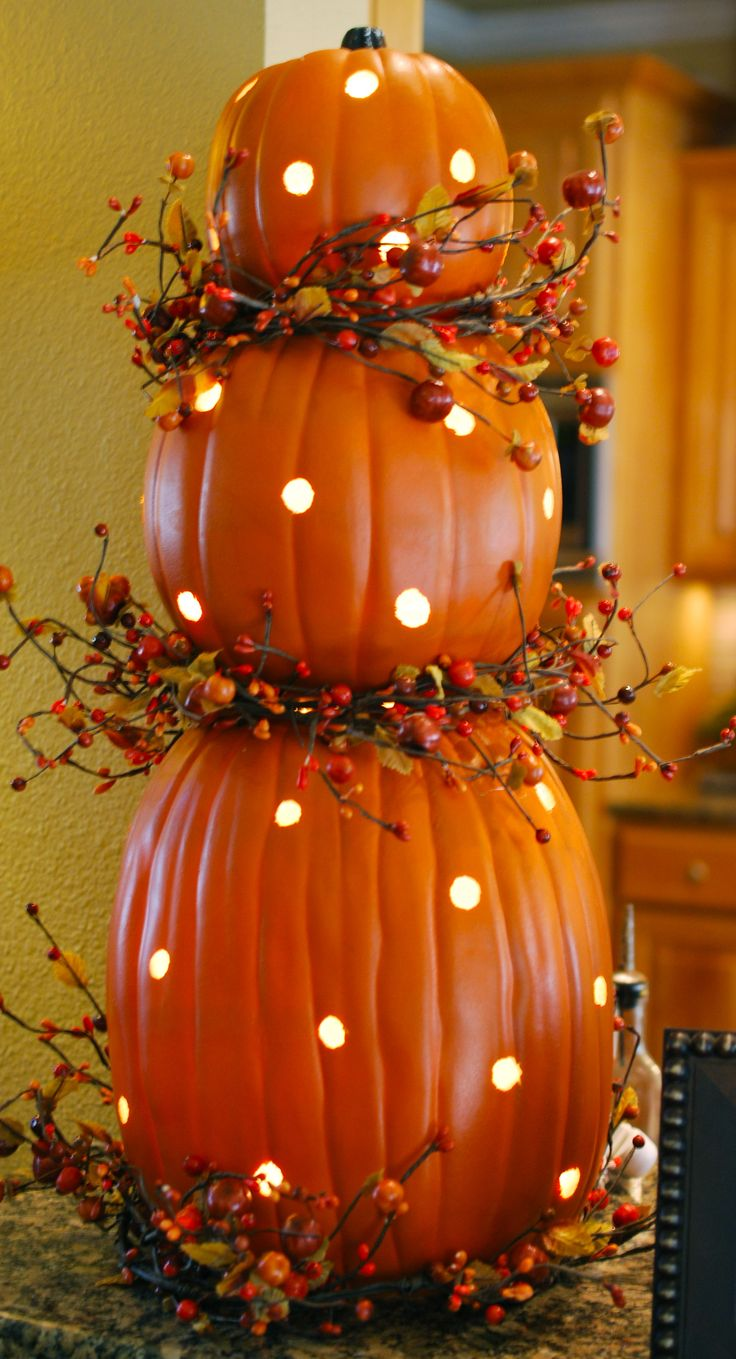 Pumpkin Topiary with Lights