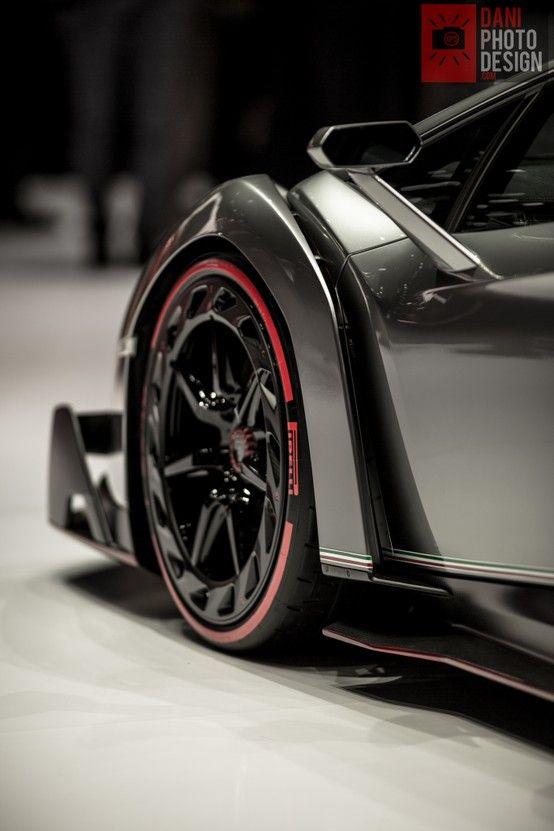 Lamborghini Veneno     Drive a Lambo @ http://www.globalracingschools.com